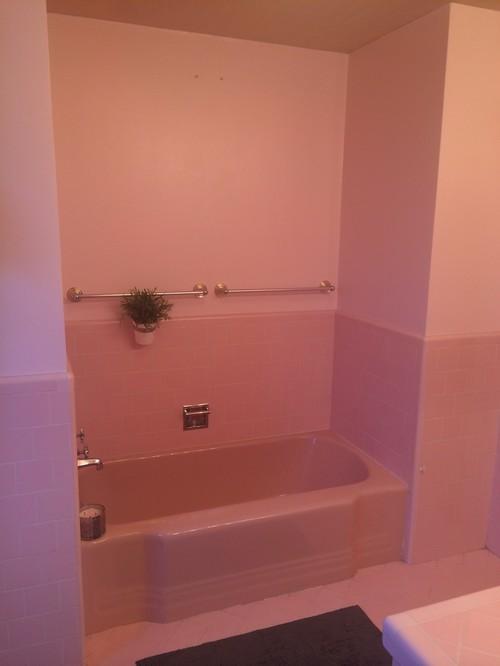 Powder pink midcentury bathroom Omg