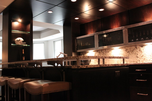 Example of a transitional kitchen design in Indianapolis