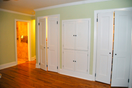 Great Should I Paint My Closet Doors The Same Color As The Wall Or The Trim?