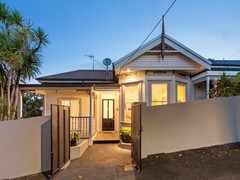 21 Anglesea Street, Freemans Bay, Auckland City - Residential House for Auction