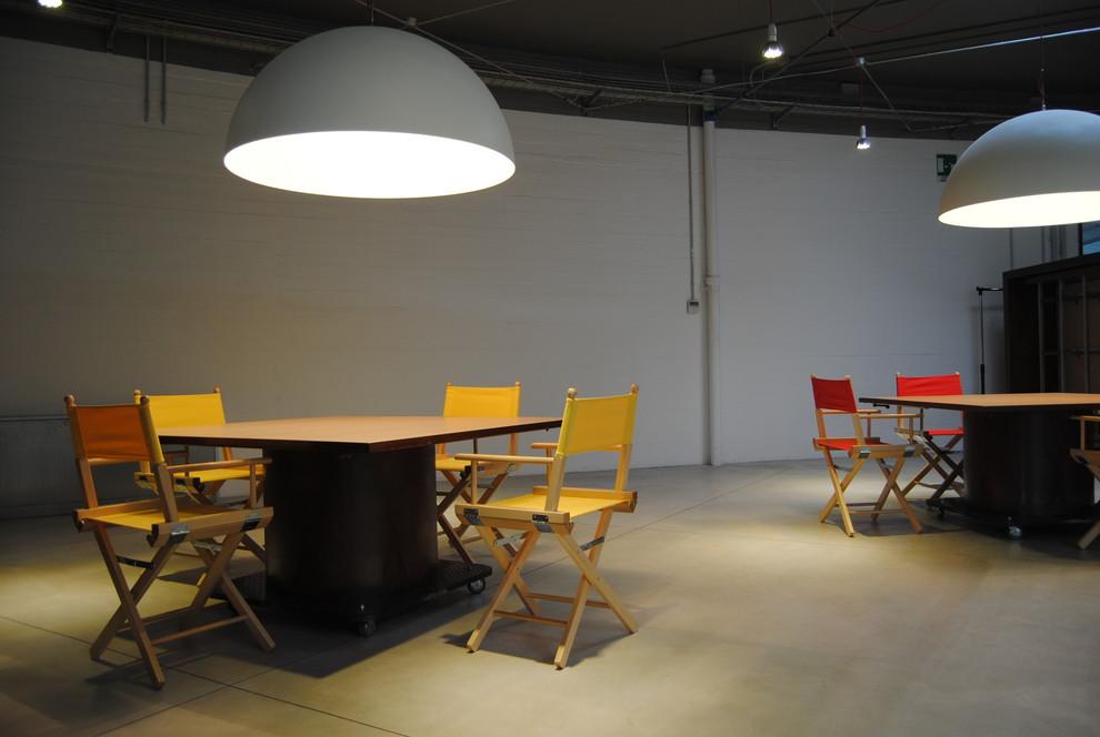 Vista area show room.