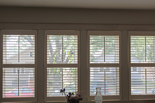 S Chicago Bungalow Plantation Shutters Craftsman Chicago - Craftsman window treatments