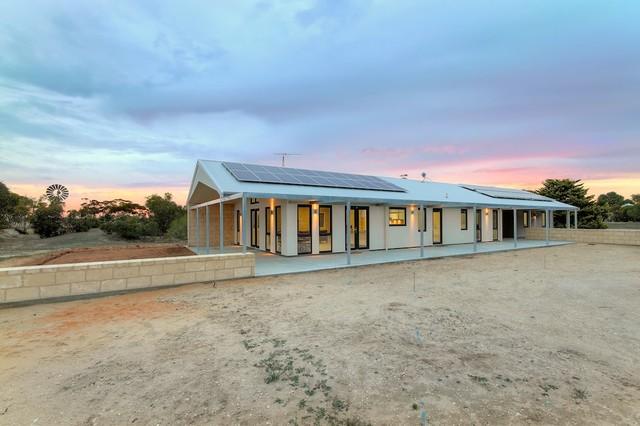 Architects Australian Farmhouse Near Coonalpyn Traditional Exterior