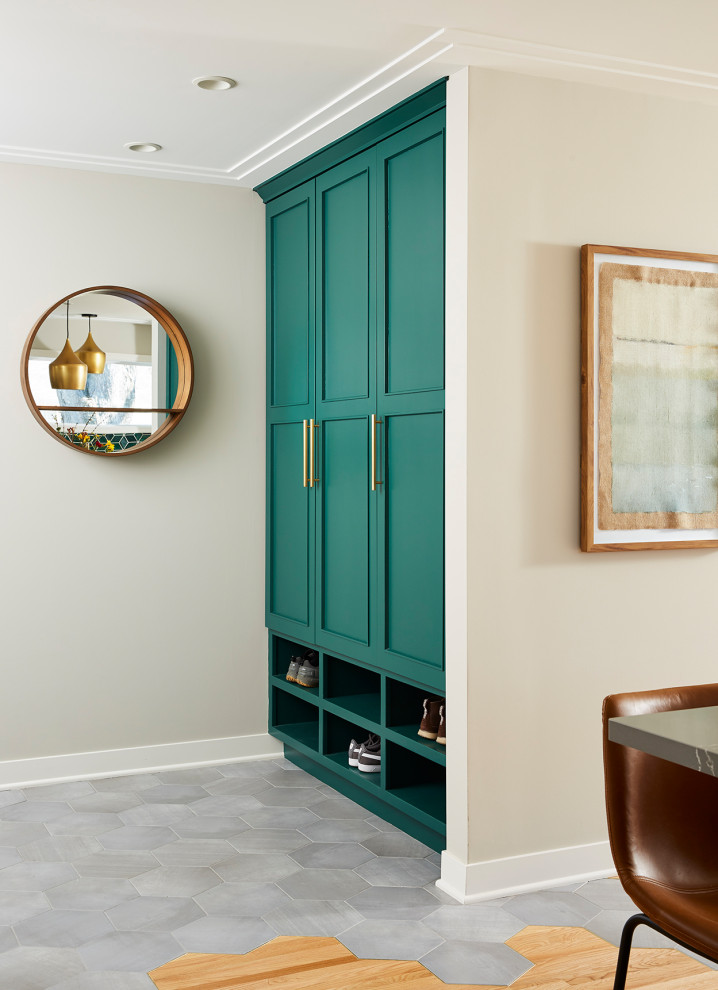 Inspiration for a transitional entryway remodel in Minneapolis