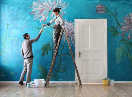 Inka Gierden und Julien Collieux bei der Arbeit.