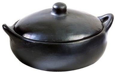 La Chamba Black Clay Casserole, Large, 3 Qt..