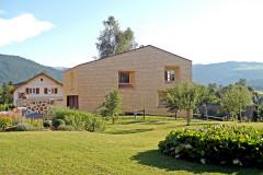 Häuser bauen mit Stroh: Experten erklären Vor- und Nachteile