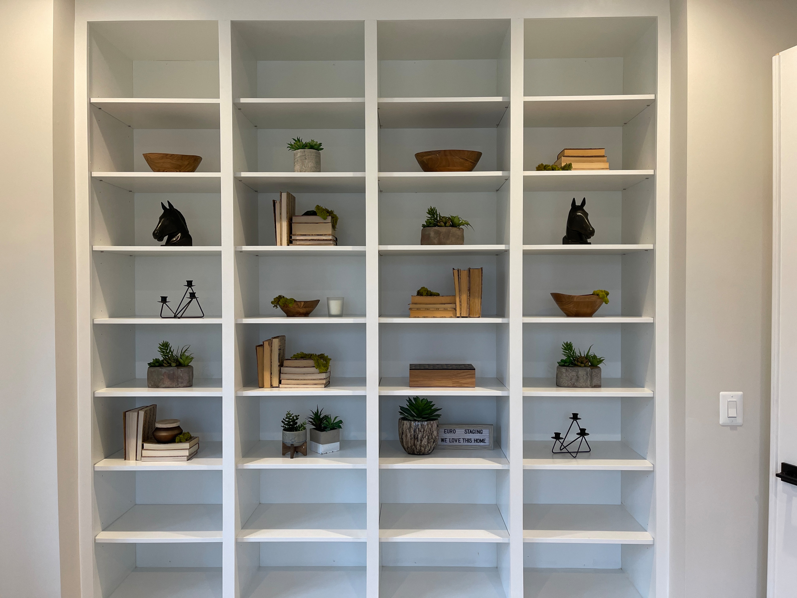 Shelving Decor in New Construction