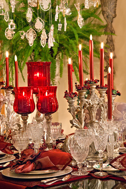 Christmas Decor mediterranean-dining-room
