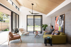 Houzz Tour: Sustainable Home With a Yoga Studio