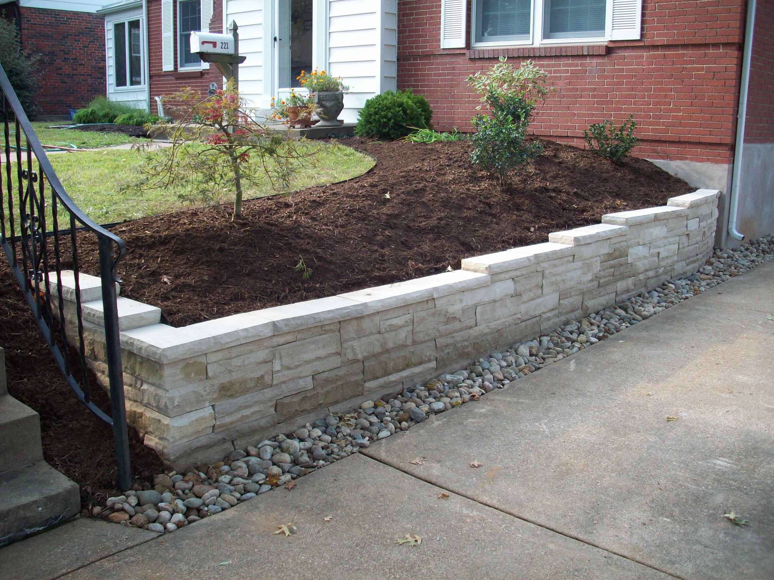 Webster Groves, Missouri Aux Vases Limestone Dry Stack Retaining Wall