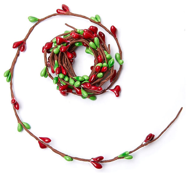 Red And Green Pip Berry Rope Garland.