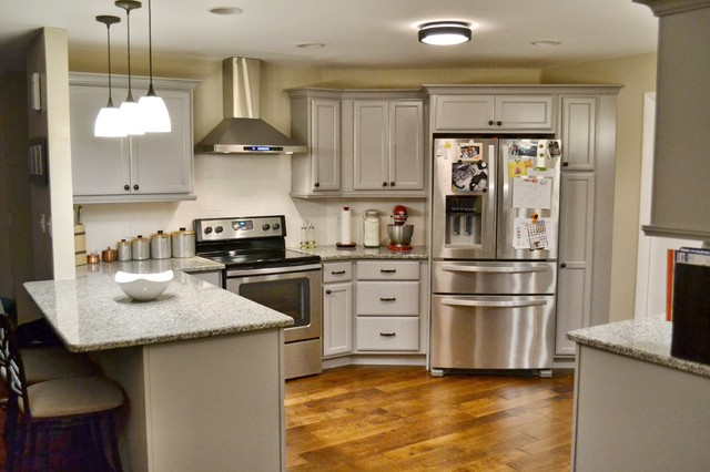 Florida Kitchen Kraftmaid Pebble Grey Traditional