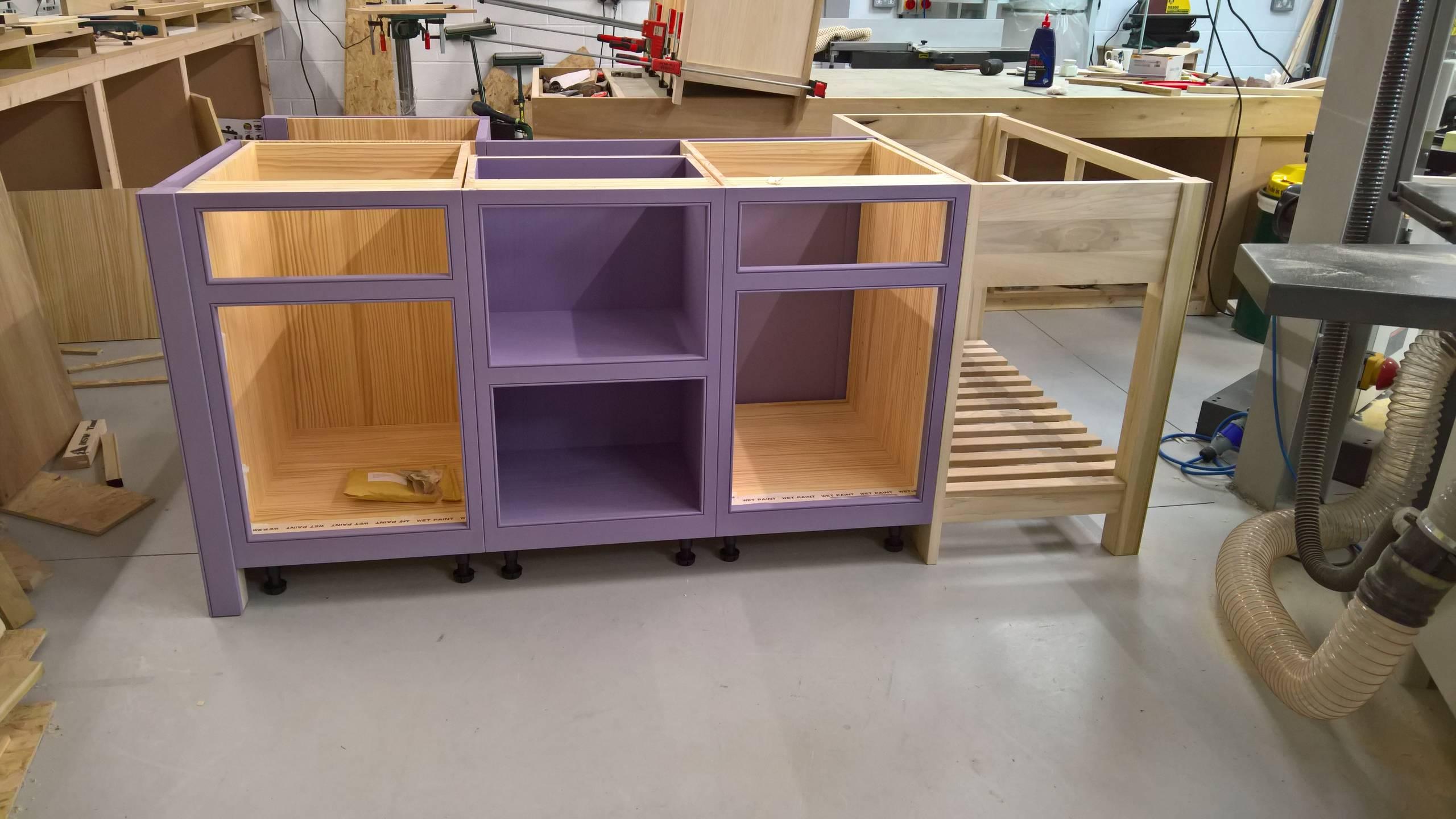 Island unit for showroom