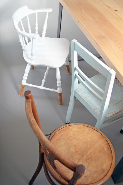 idea to steal alte holzst hle streichen. Black Bedroom Furniture Sets. Home Design Ideas