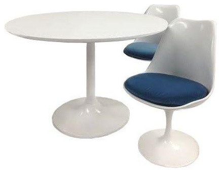 Delightful Saarinen Style Tulip Chair And Table Set Midcentury Dining Sets