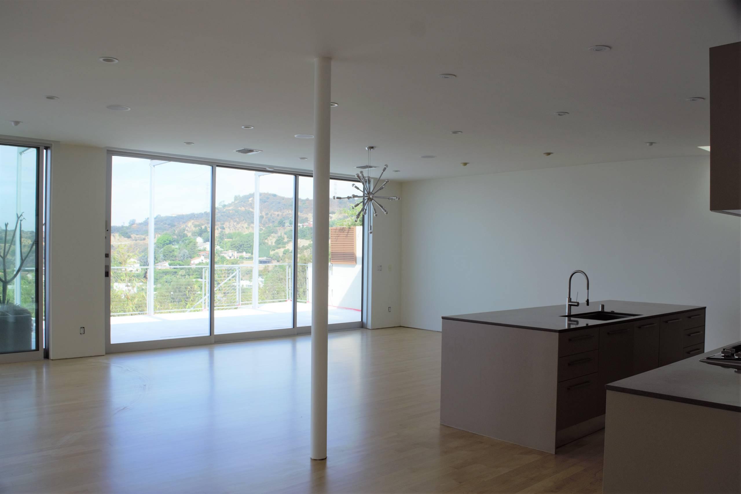 Bachelor Home-Hollywood Hills