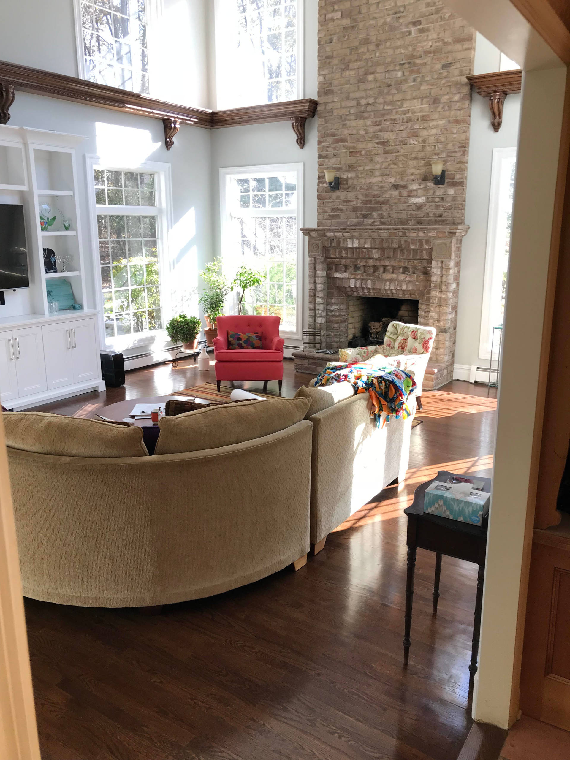 Grand Family Room Staging
