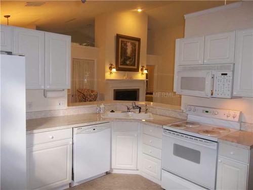 Kitchen color white or espresso cabinets for Earth tone kitchen ideas
