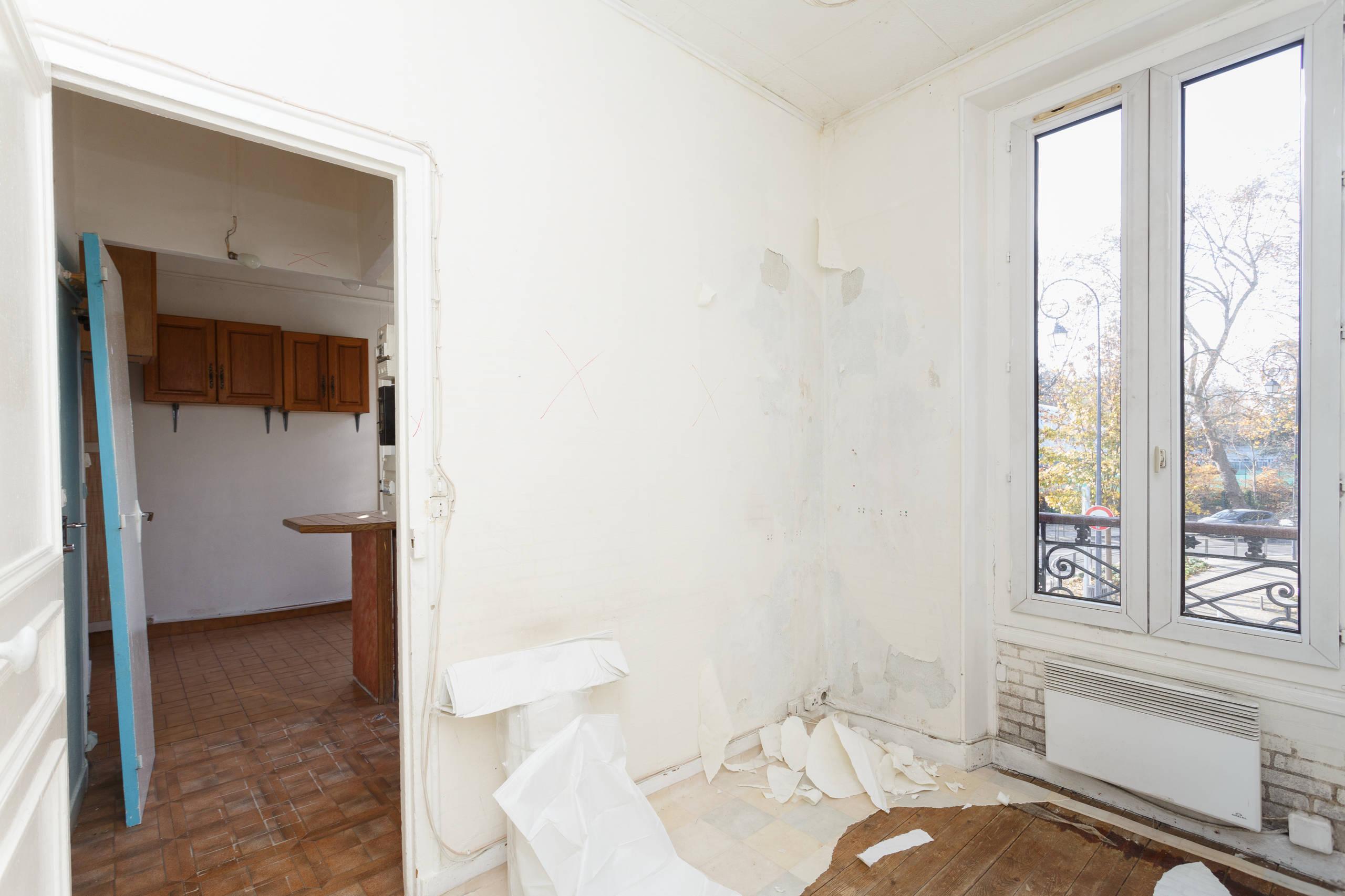 Transformation d'un 40m² avec une cuisine ouverte sur le salon