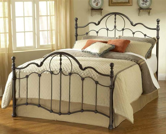 Venetian Bed Set With Rails Traditional Panel Beds