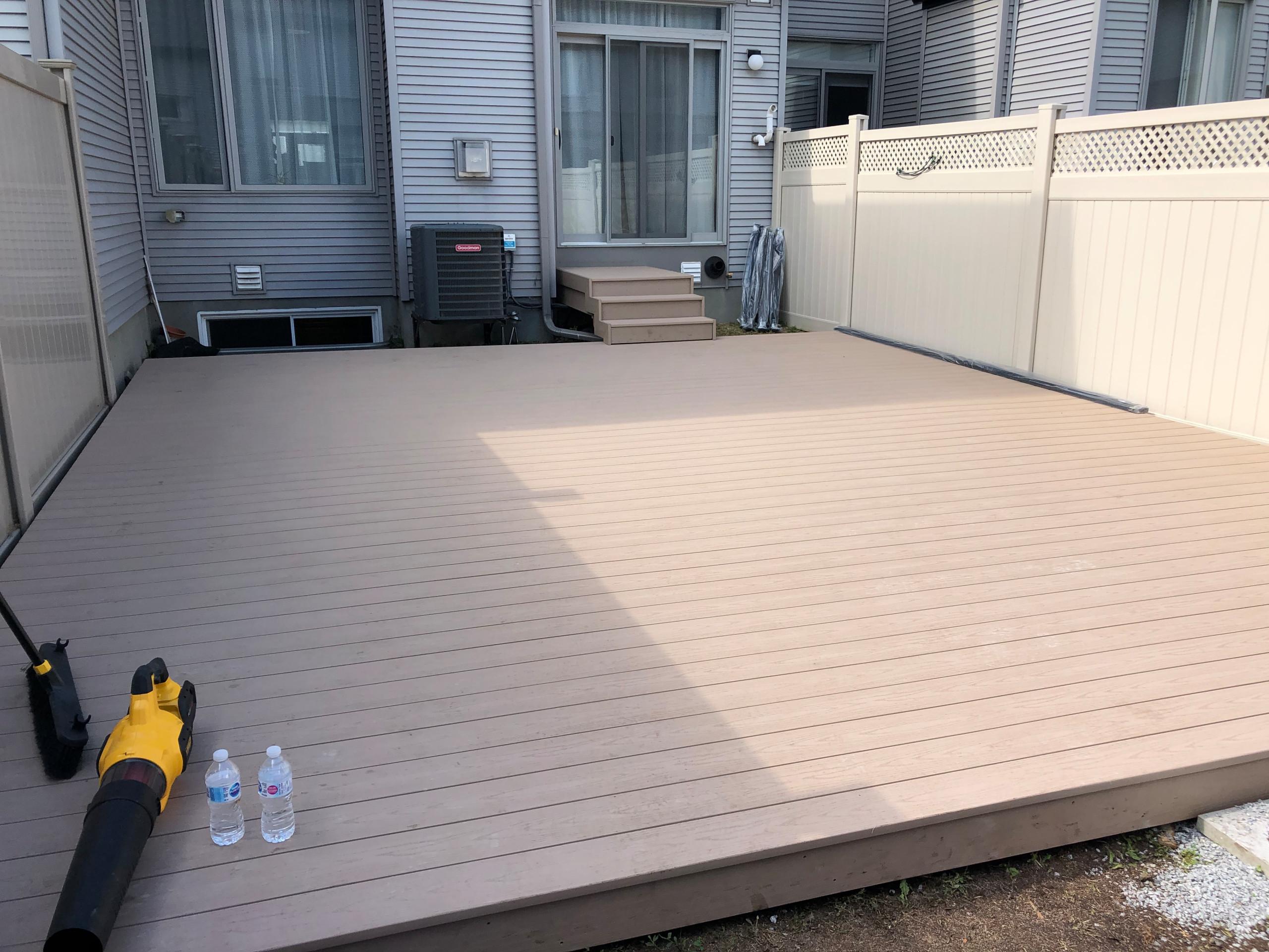 450 sq ft Brownstone