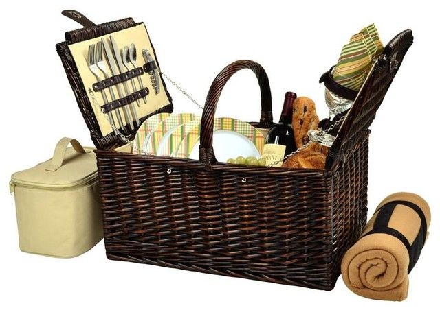 20 Wicker Picnic Basket For Four With Blanket.