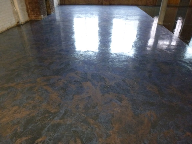 Epoxy Floor Using Metallic Pigments Industrial