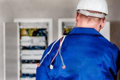 6 conseils de pro pour bien choisir un électricien