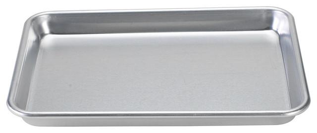 "Nordic Ware 13""x9""x1"" Quarter Sheet Baking Pan."