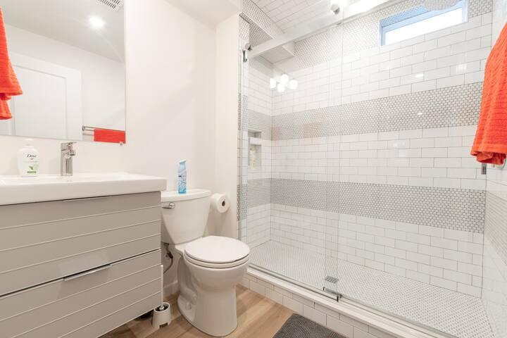 Jersey City Airbnb Bath