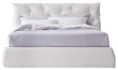 Impunto Upholstered Queen Bed Byte 12.