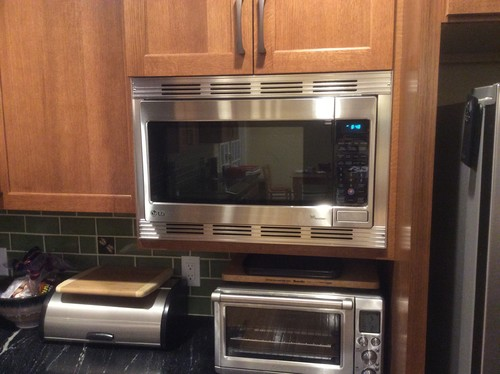 Countertop Microwave 13 Deep : Those microwaves that fit in an upper cabinet. WWYD?