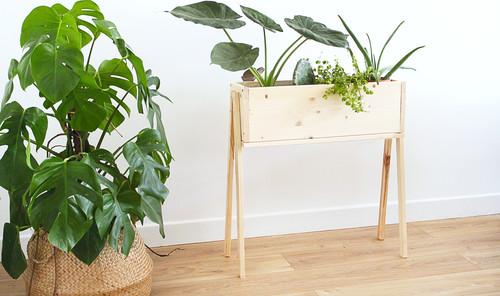 Fabriquer Une Jardiniere En Bois Sur Pieds