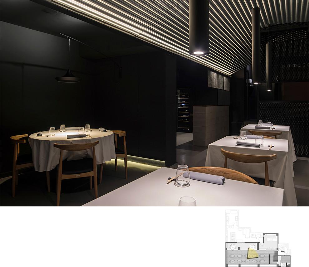 Vista parcial de la sala (III). Restaurante MEDEA.