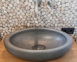 waschtische und waschbecken aus beton in feldkirch minimalistisch sonstige von urbandesigners. Black Bedroom Furniture Sets. Home Design Ideas