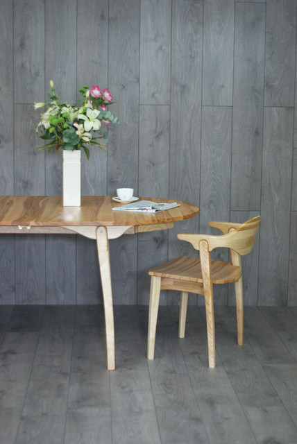 Valentine Dining Table And Chairs Contemporary