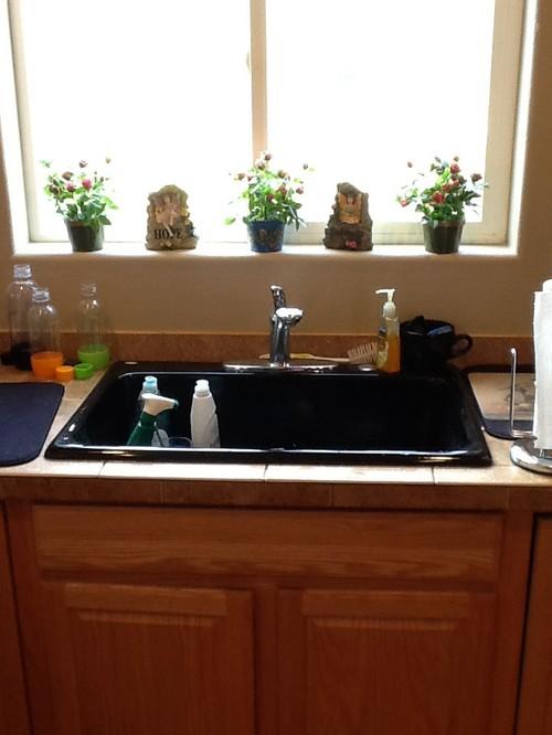 Kitchen sink area supplies