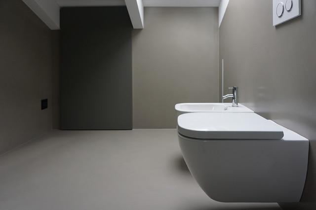 Bagno mansarda moderno altro di plus concept studio