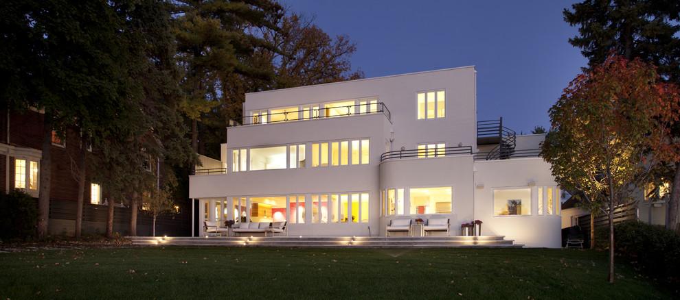 Cedar Lake International Style Modern
