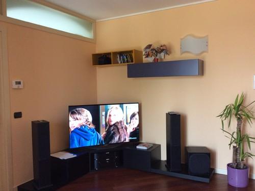 Dare luminosità e colore al soggiorno