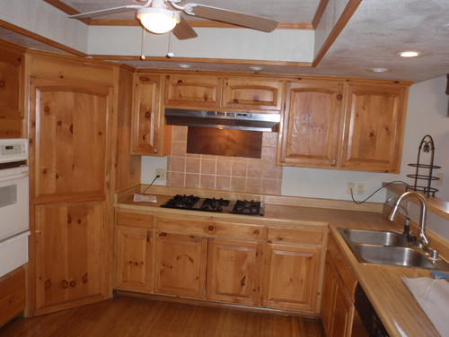 Knotty Pine Kitchen What Countertop And Backsplash