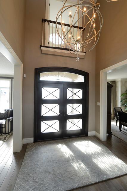 Home design - transitional home design idea in Toronto