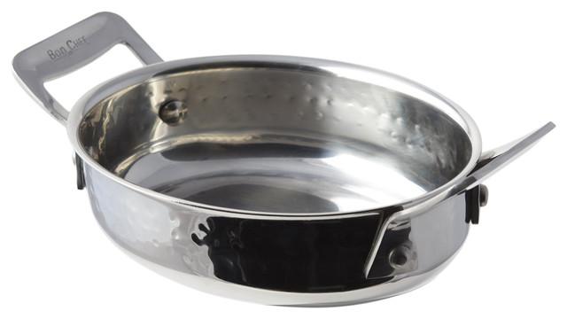 Cucina Oval Dish, Hammered Finish.