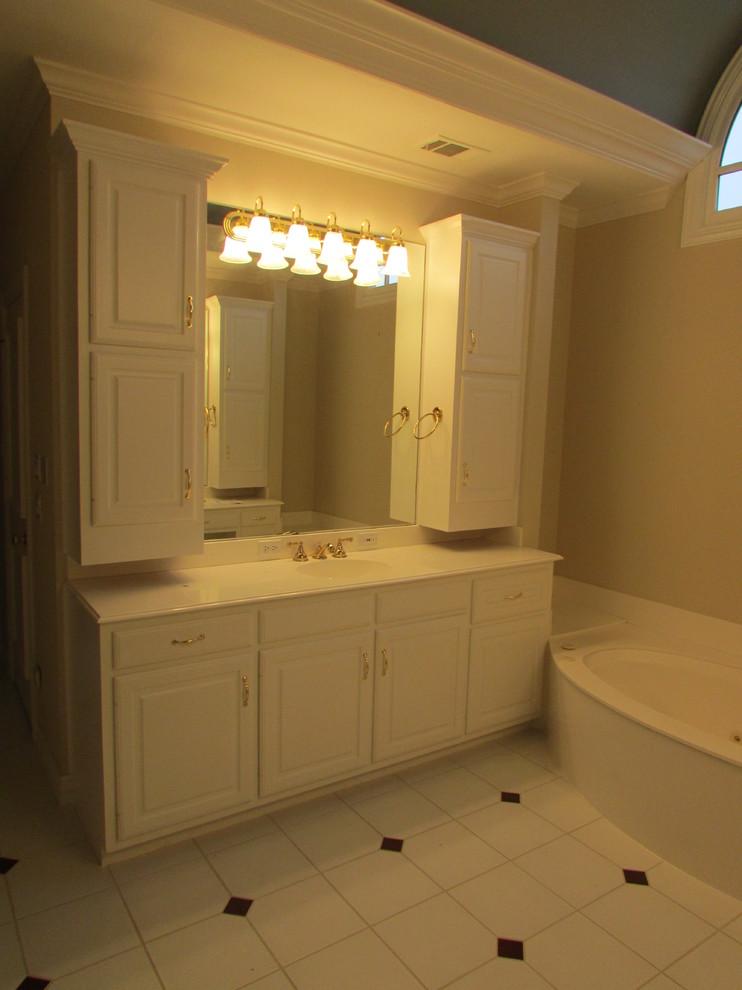 Contemporary Plano Master Bath Remodel