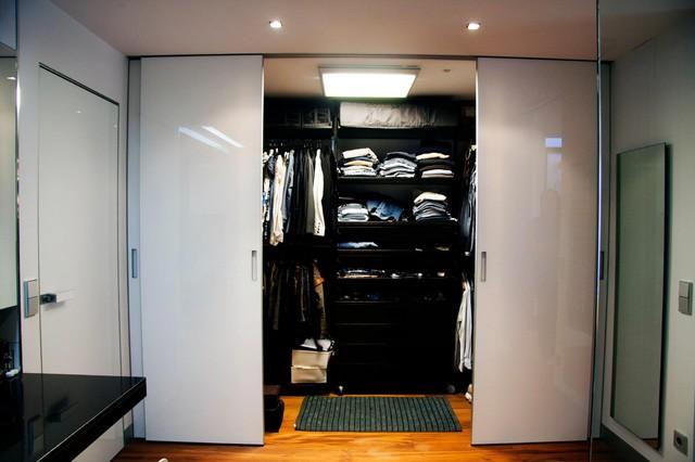 Walk In Closet Modern