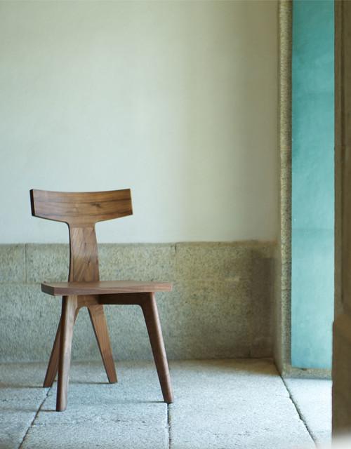 fin dining chair by matthew hilton modern dining