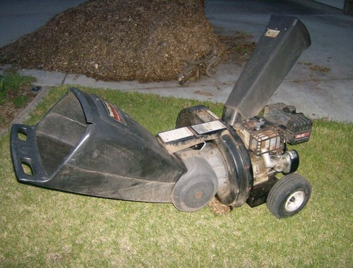MTD    Chipper Shredder Tecumseh 10hp carb linkage