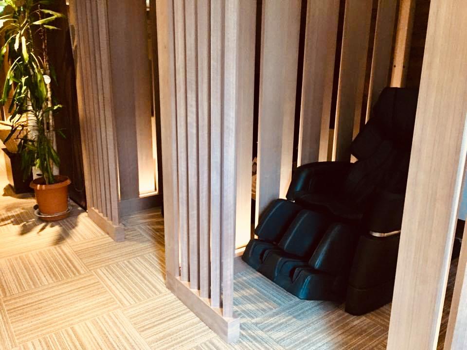 名古屋ビーズホテル 2階リラクゼーションエリア&パーティション