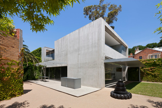Zinc house carlton modern melbourne by pta landscapes for Modern zinc houses